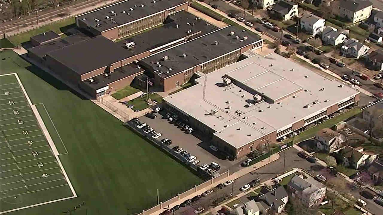 Bomb threats received at over a dozen schools in northern New Jersey