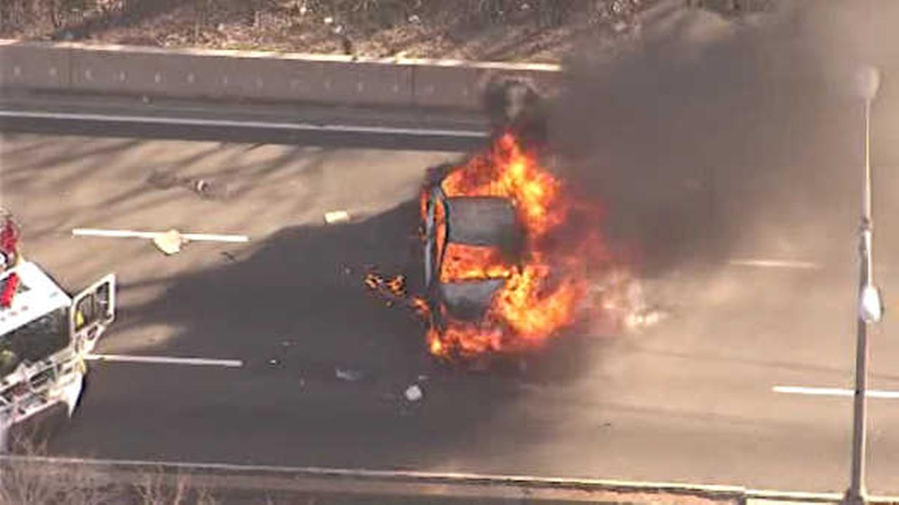 Major backups heading toward Lincoln Tunnel after car bursts into flames