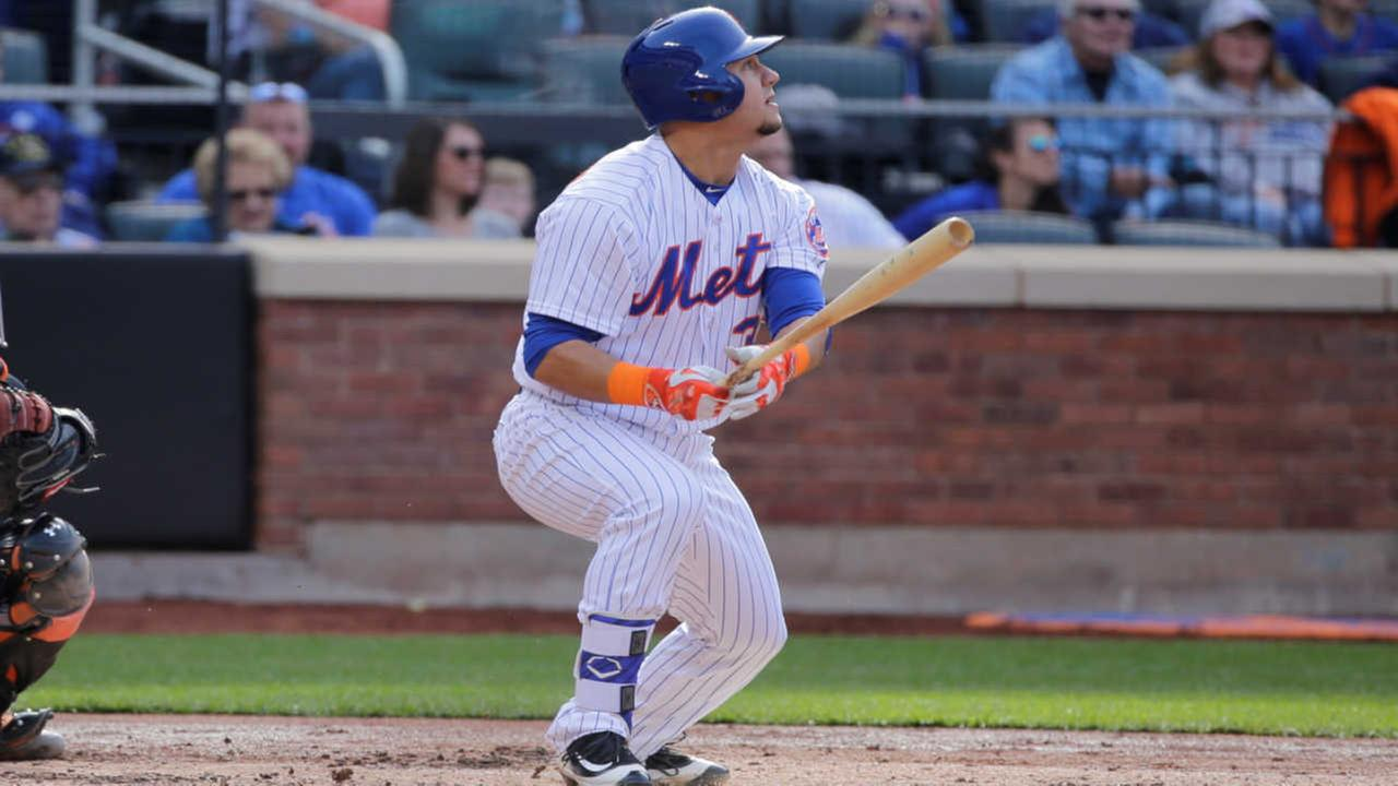 Mets win 8th straight,  Michael Conforto and Wilmer Flores HR to beat Giants