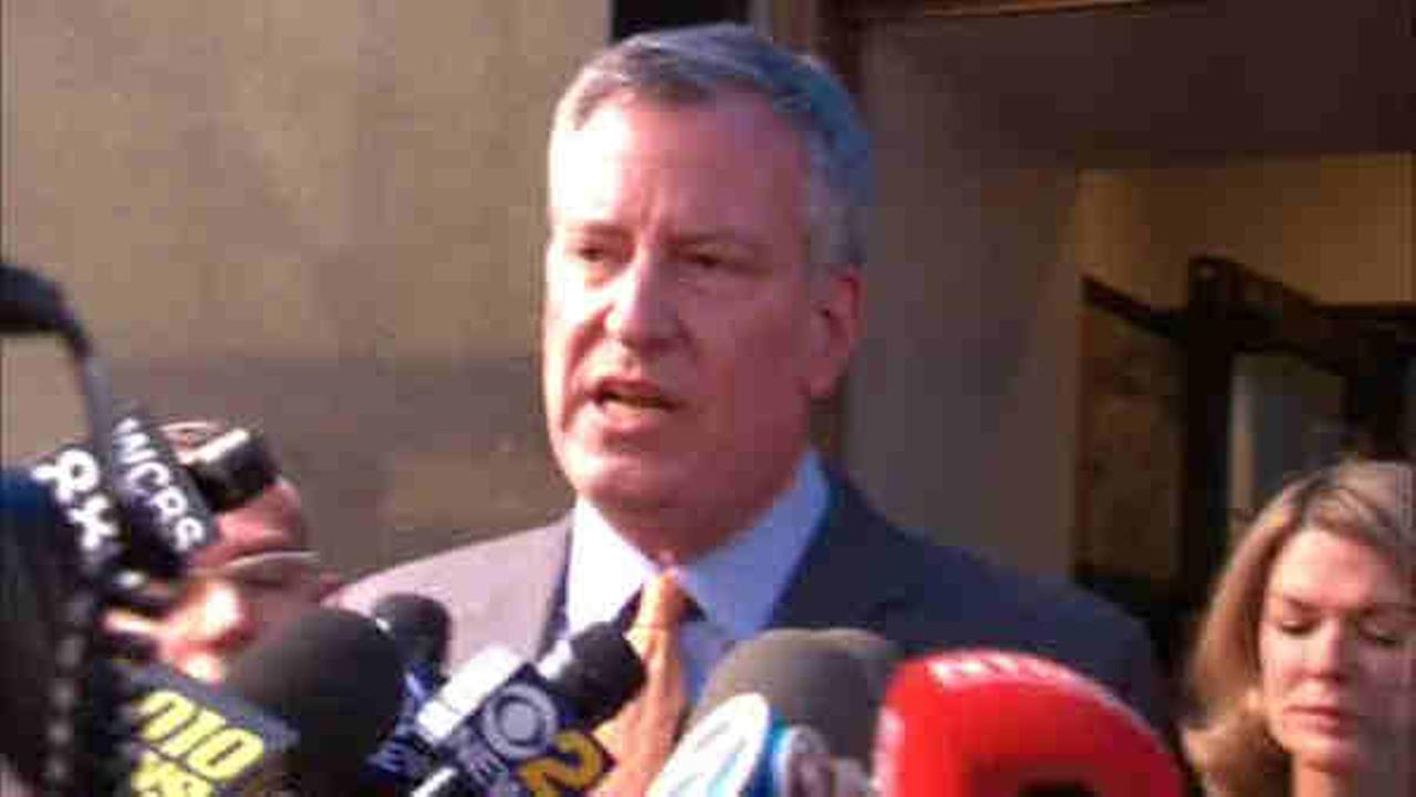 De Blasio reacts to Presidents joke