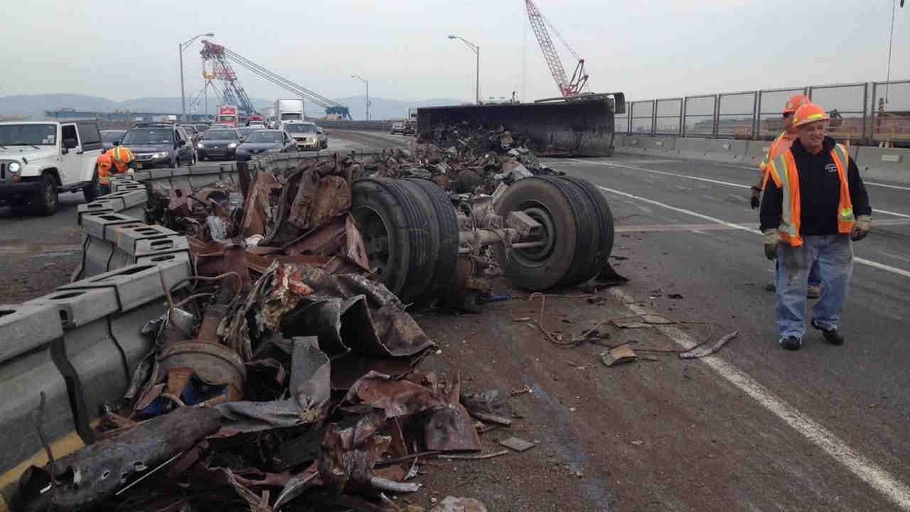 All lanes reopened on Tappan Zee Bridge after tractor trailer overturns, spills debris