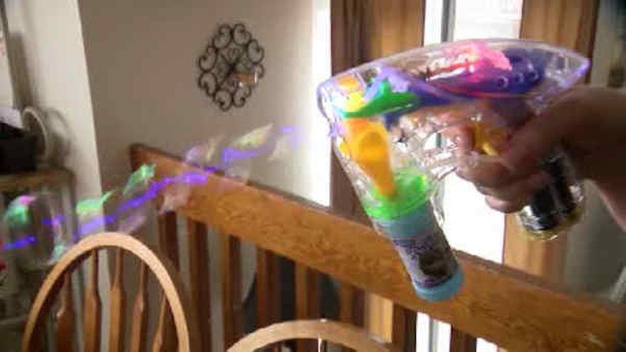 5-year-old Colorado girl suspended from school for plastic bubble gun