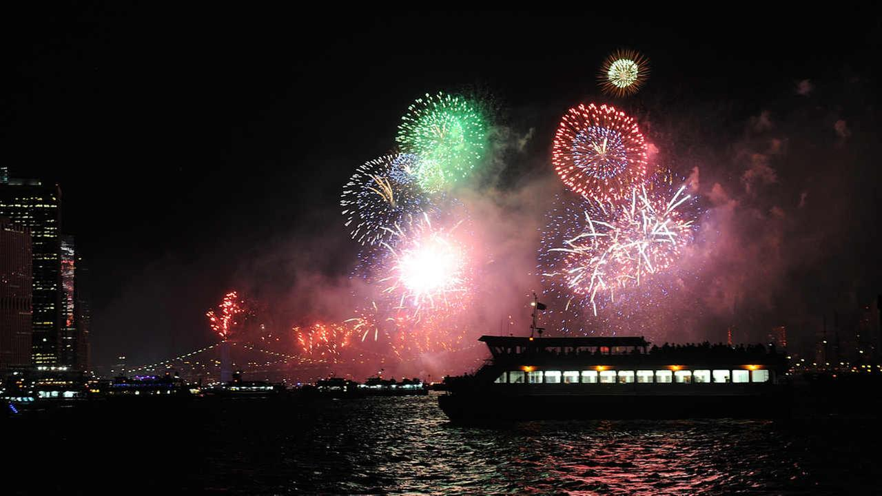 NYPD ramps up security for Macy's 4th of July fireworks