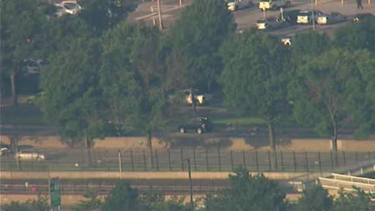 Pedestrian fatally struck on JFK Expressway at Kennedy Airport