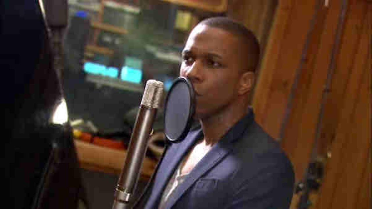 Leslie Odom Jr. records his first solo album