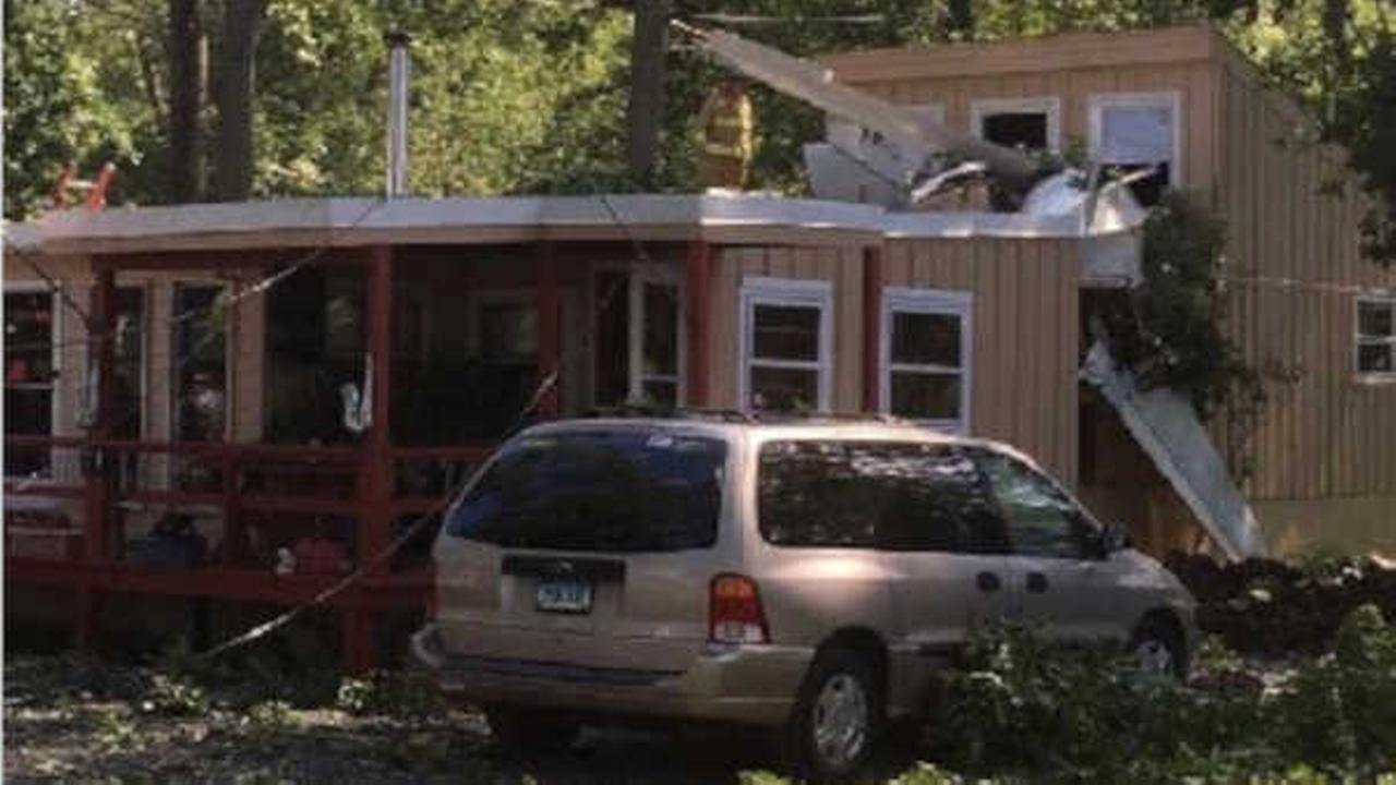 Police: 1 injured after small plane crashes into Connecticut house