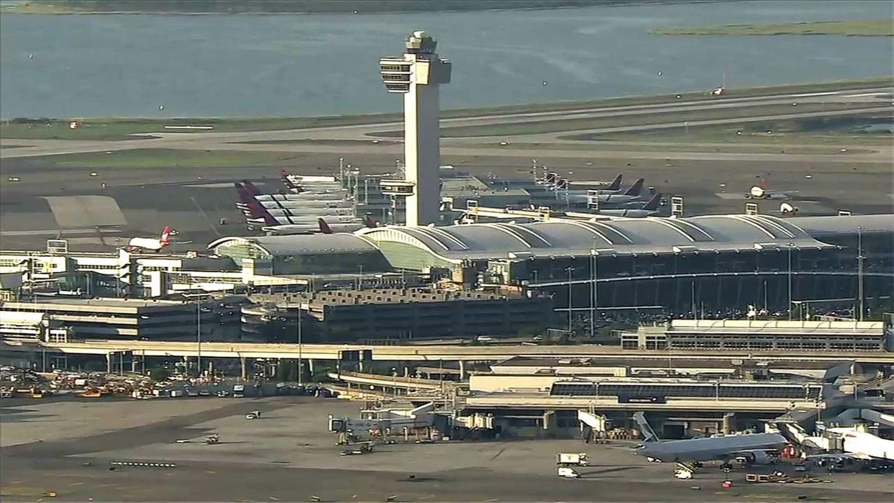 Retired US police chief detained by Customs at JFK