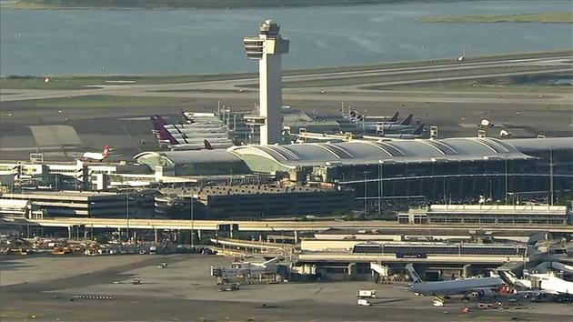 Disruptive passenger forces flight to return to JFK Airport