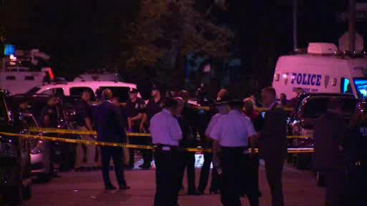 NYPD off-duty officer fires shot in Bronx during attempted robbery