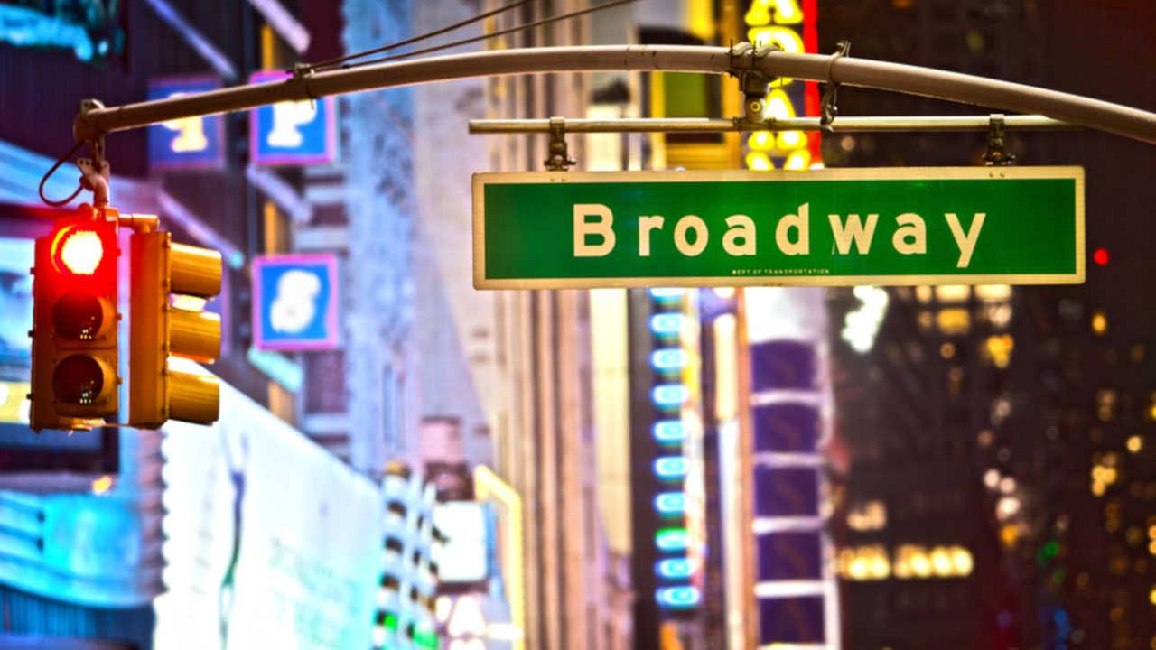 Officials: Theatre producer indicted for stealing from investors in fake Broadway play