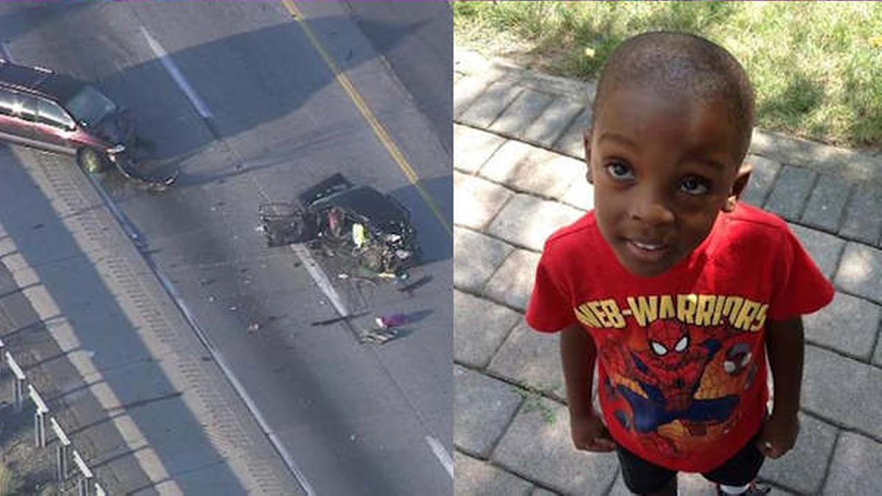 Open containers found in crash that killed 5-year-old Newark boy, hurt 5 others in Pa.