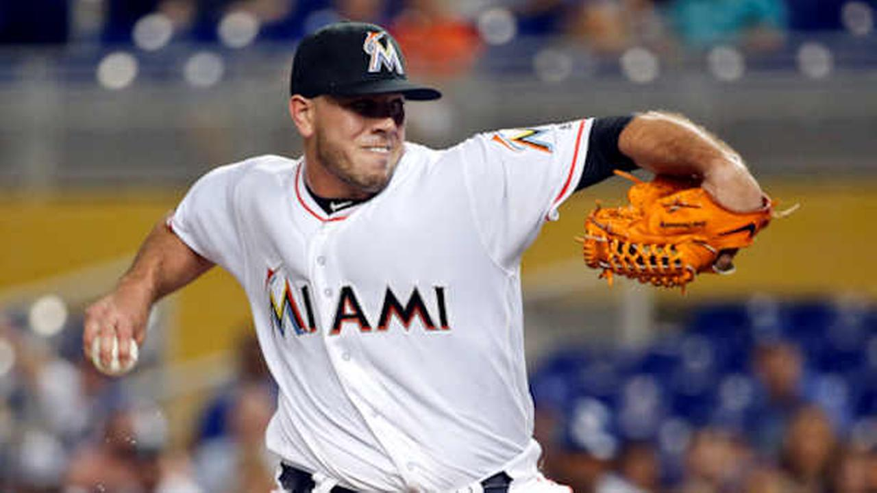 Miami Marlins Jose Fernandez delivers a pitch during the first inning of a baseball game against the Dodgers, Friday, Sept. 9, 2016 (AP Photo/Wilfredo Lee)