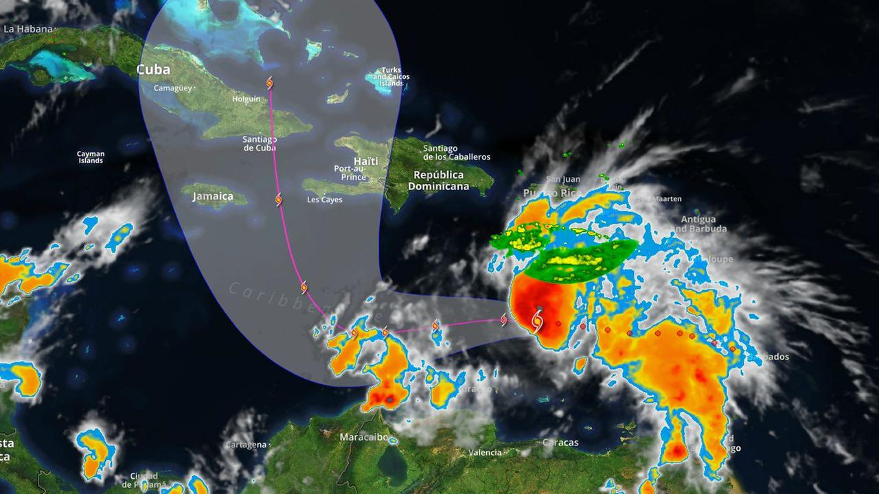 Tropical Tracker: Matthew strengthens to Category 1 hurricane