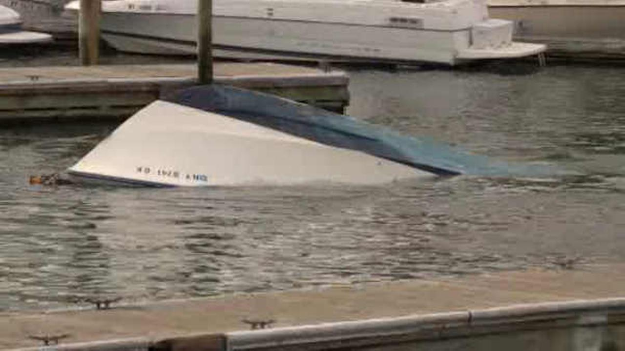 1 man dead, another missing after boat found overturned off Long Island