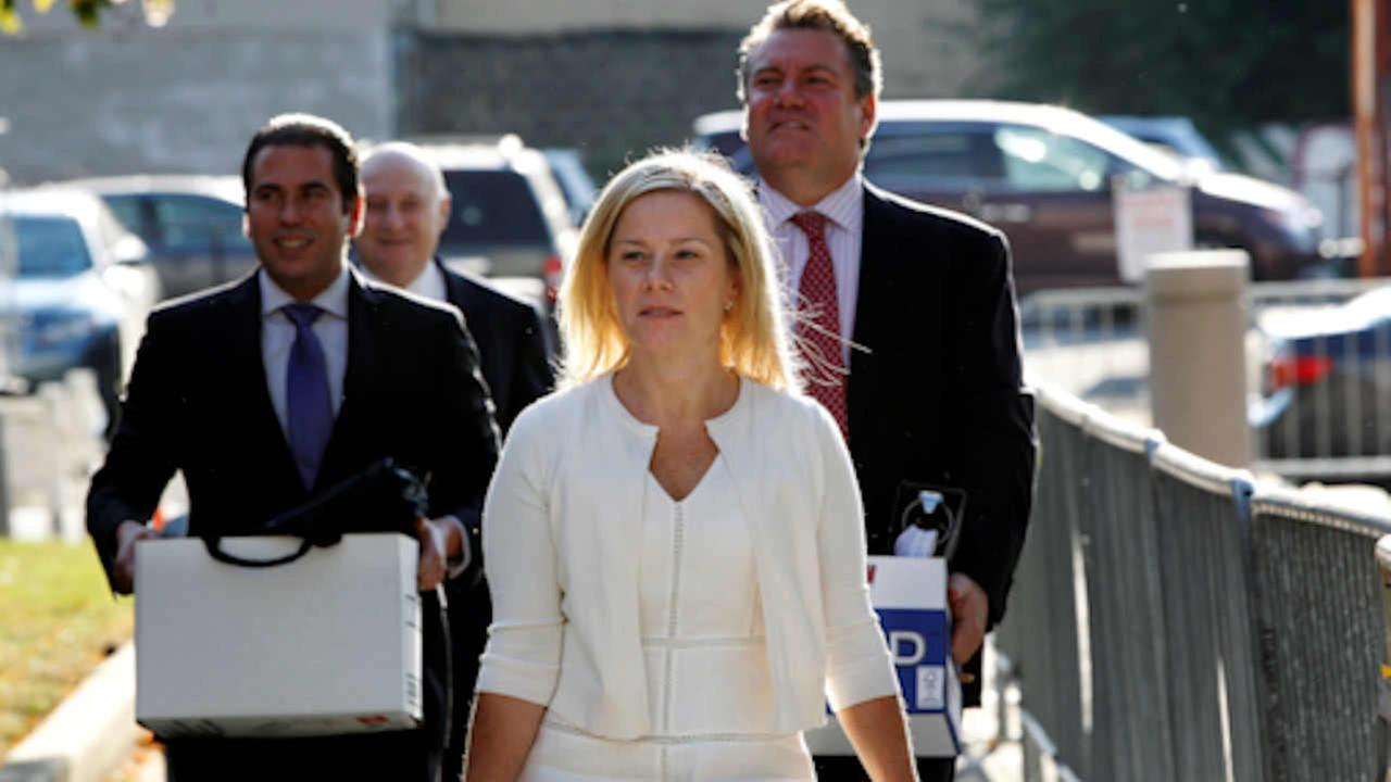 Gov. Chris Christies former Deputy Chief of Staff Bridget Anne Kelly, center, arrives at Martin Luther King Jr. Courthouse Wednesday, Oct. 19, 2016, in Newark, N.J.
