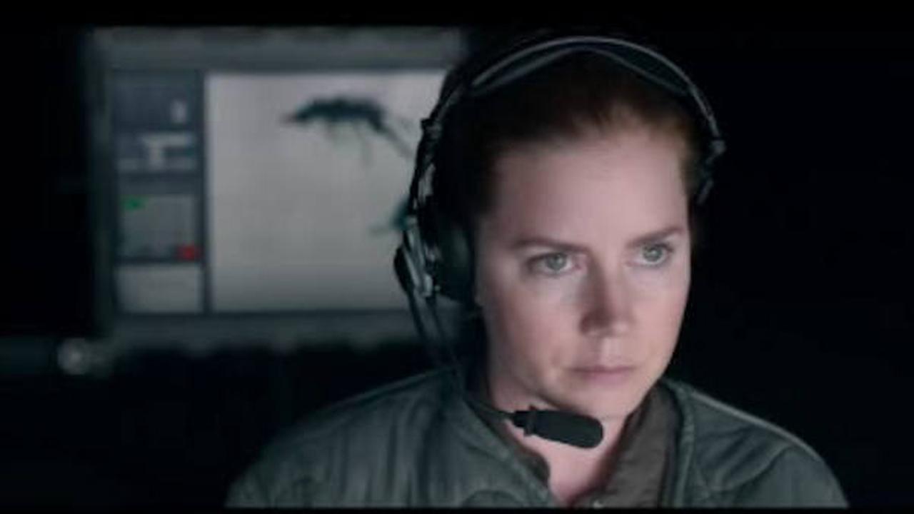 Amy Adams stars in Arrival