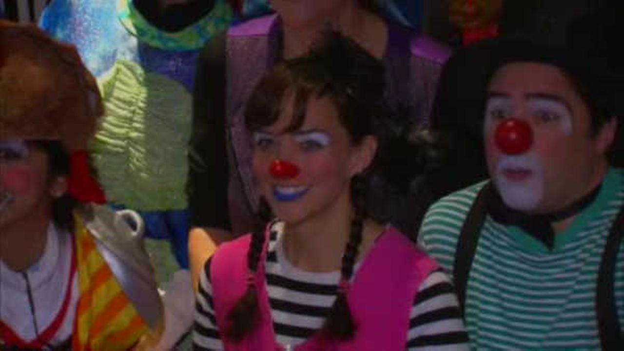 Macy's workers attend Chelsea Piers clown class ahead of Thanksgiving Day Parade