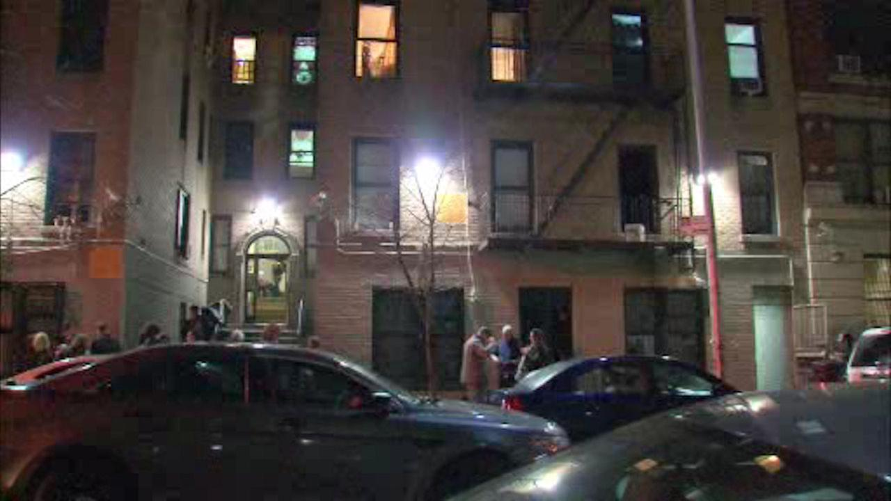 Washington Heights apartment fire injures five