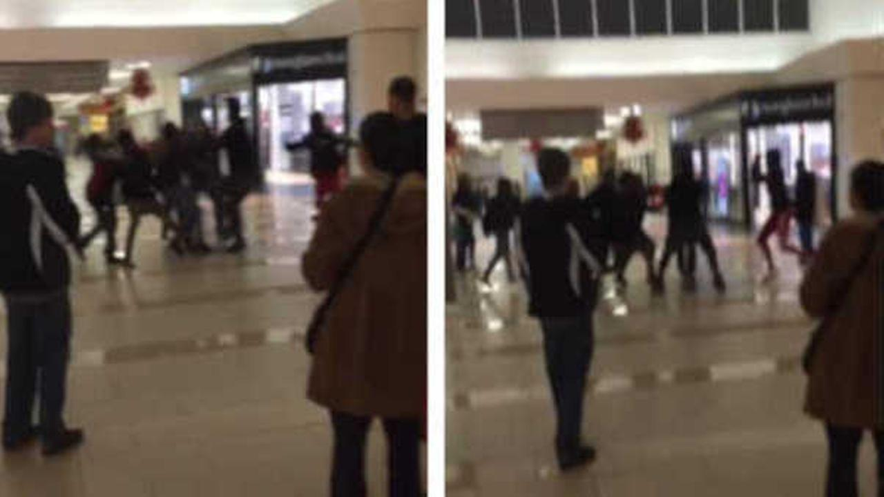 15-year-old arrested in stabbing of another teen at Monmouth Mall in New Jersey