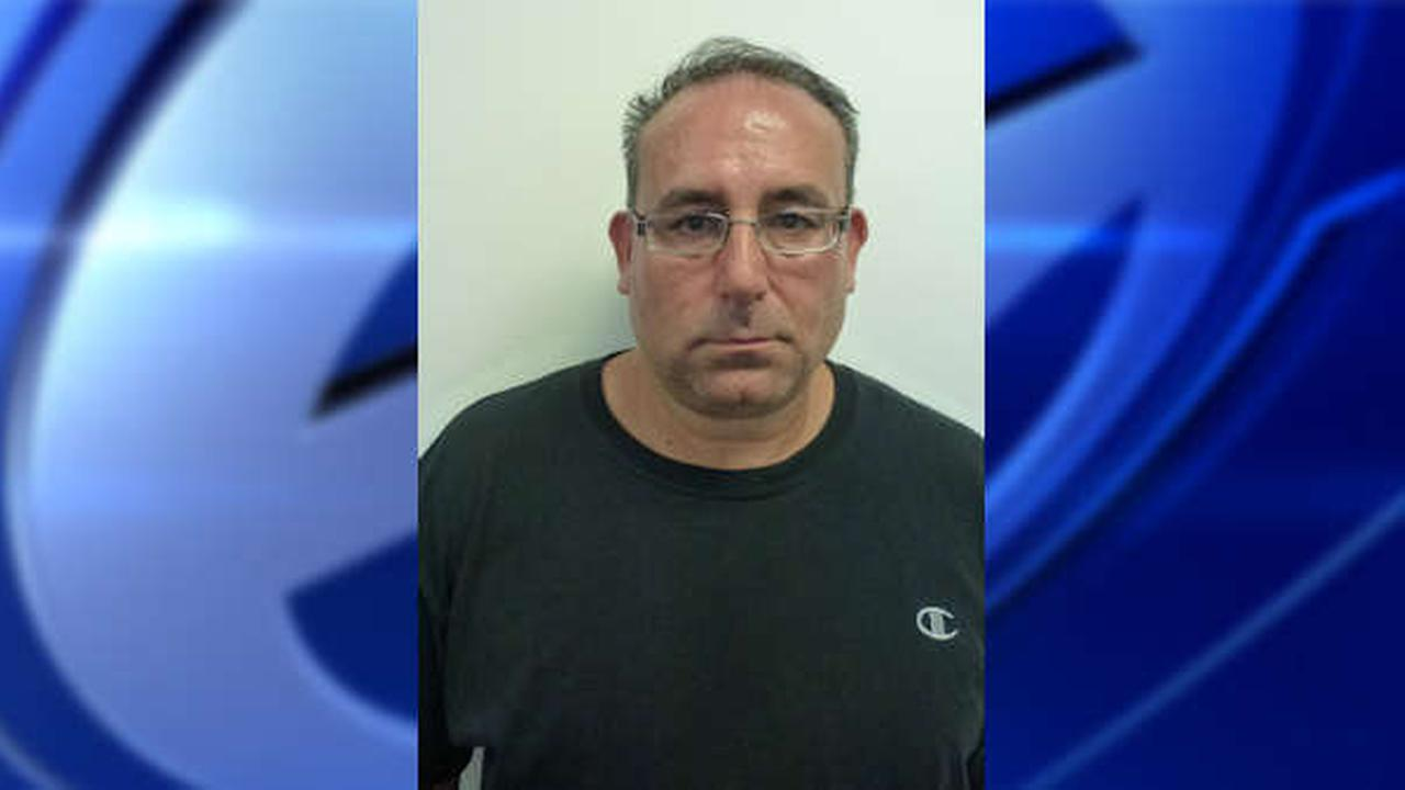 Former Mount Sinai hospital pharmacist charged in theft of 200K oxycodone pills