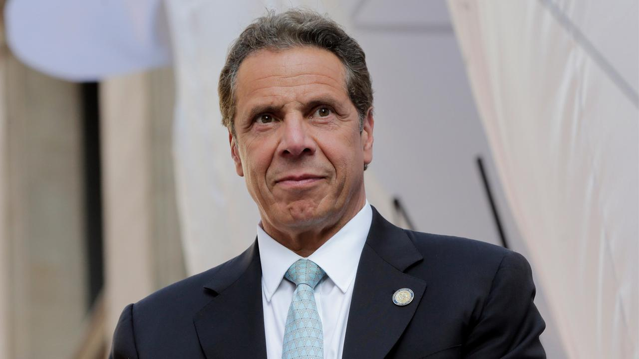 NY Gov. Andrew Cuomo's helicopter makes emergency landing in Orange County