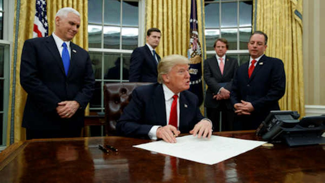Trump Making Changes To Oval Office; Puts Up Bust Of Winston Churchill