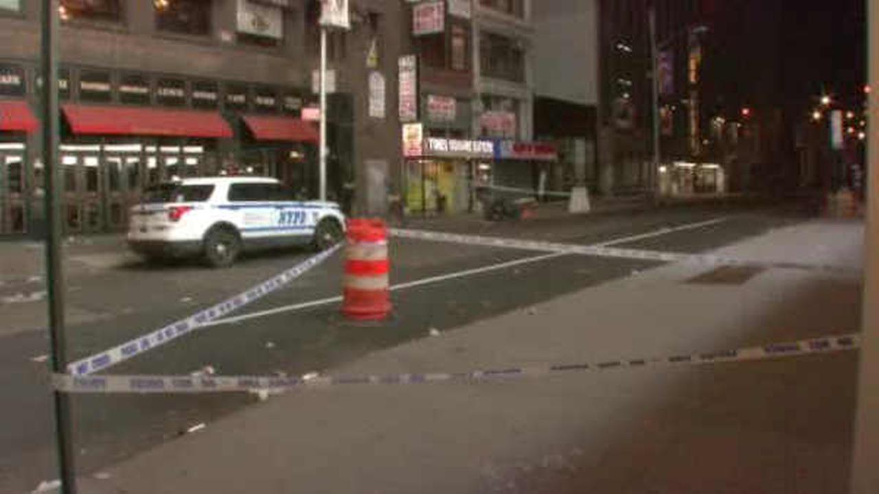 Man stabbed following dispute on street in Midtown Manhattan