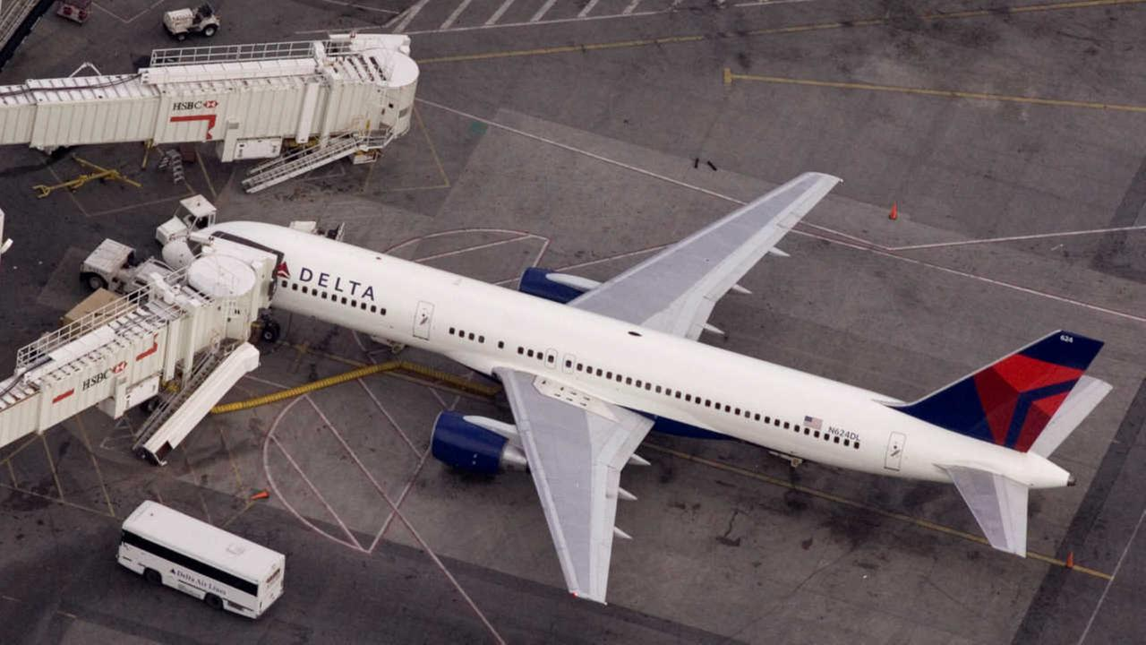Delta operations returning to normal after systems outage grounds flights