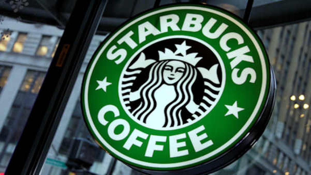 Calls for boycott of Starbucks over plans to hire 10,000 refugees over next 5 years
