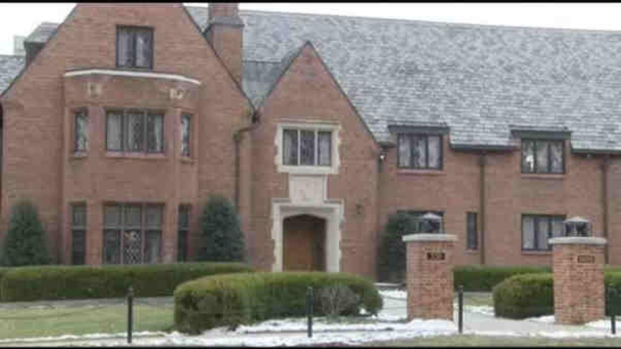 A Pennsylvania State University student died after a fall at a fraternity house.