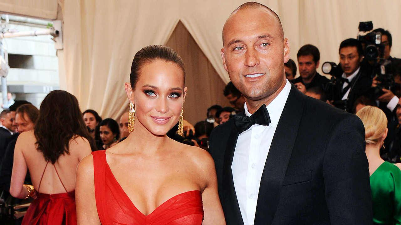 Derek Jeter and Hannah Davis arrive at The Metropolitan Museum of Arts Costume Institute benefit gala in 2015. (Photo by Charles Sykes/Invision/AP, File)
