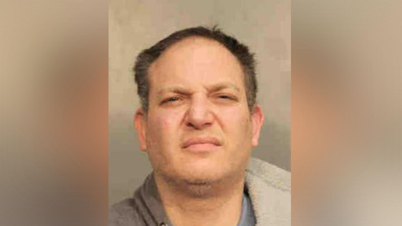 Syosset man accused of trying to take officer's gun during arrest