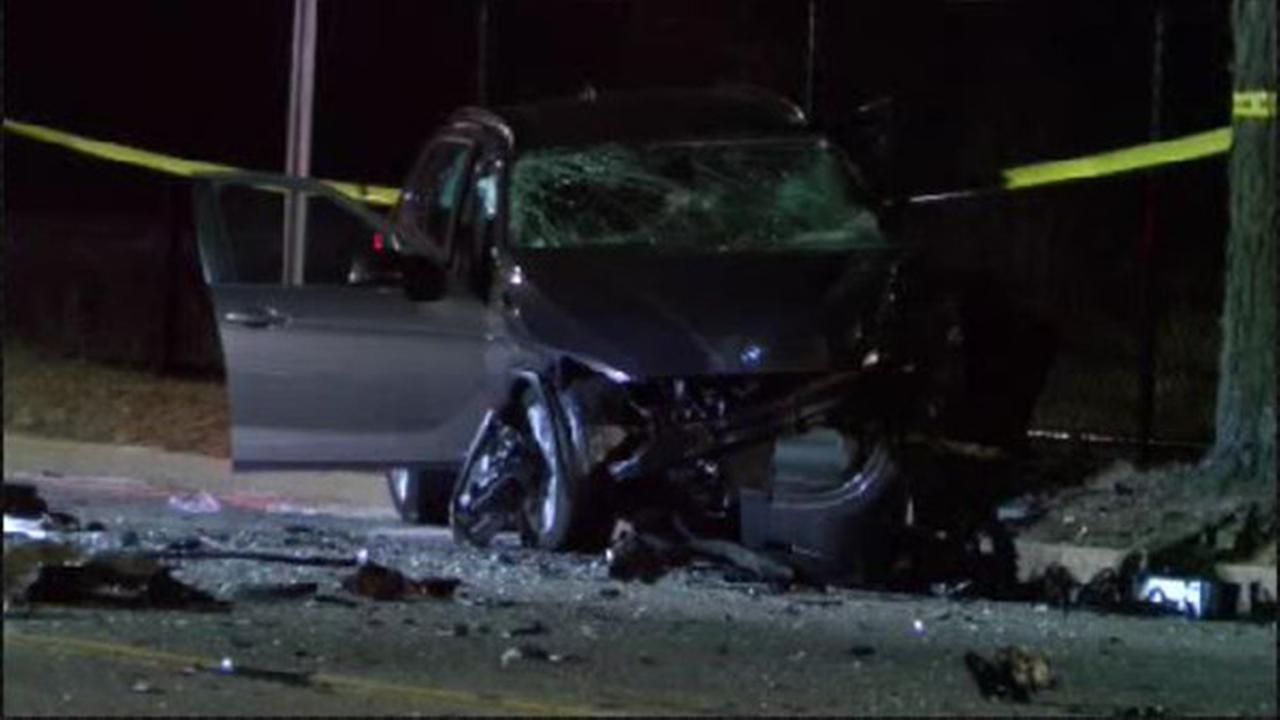 A car wreck Monday night on Long Island left a 51-year-old woman dead.