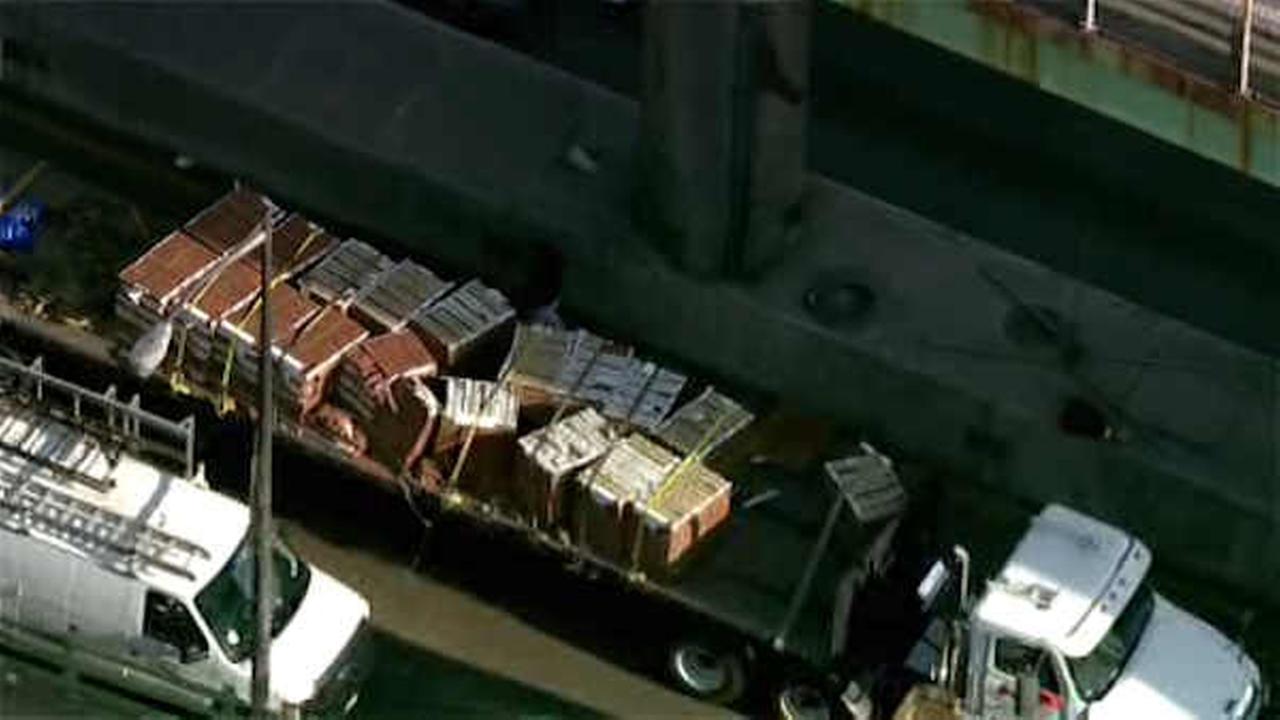 Tractor-trailer accident causes major backups at George Washington Bridge