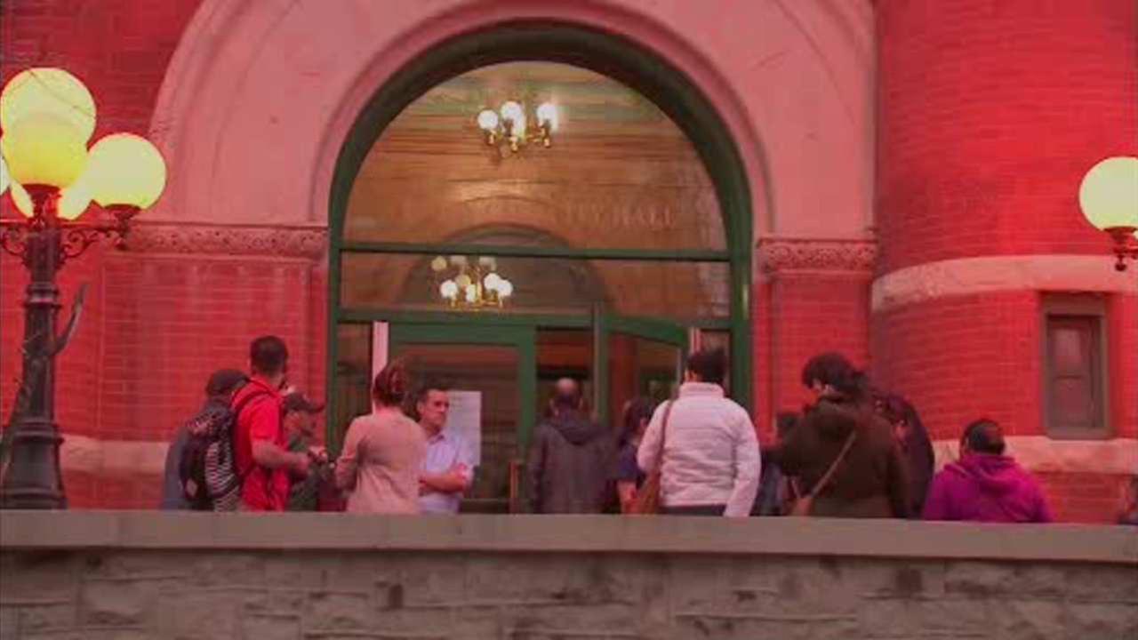 Union City starts municipal ID program