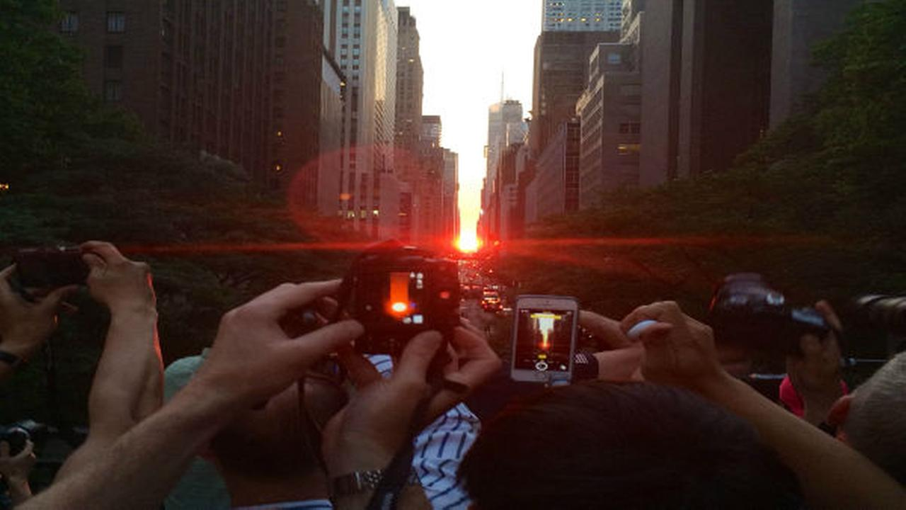 Viewer photos of Manhattanhenge