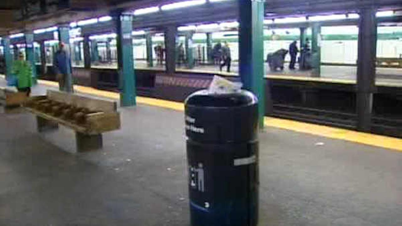 MTA dumps its experimental plan to remove trash cans from the subways