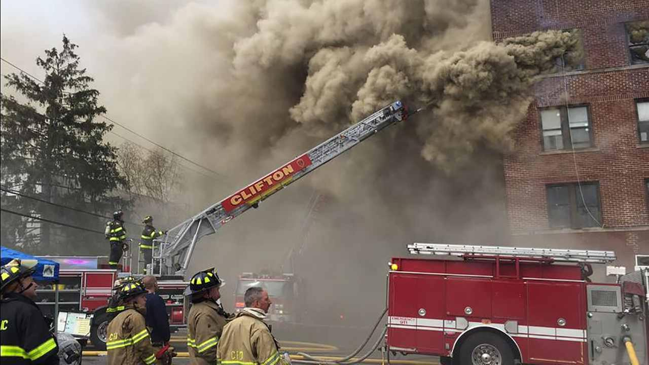 Hundreds left homeless after fire rips through Passaic, New Jersey apartment building