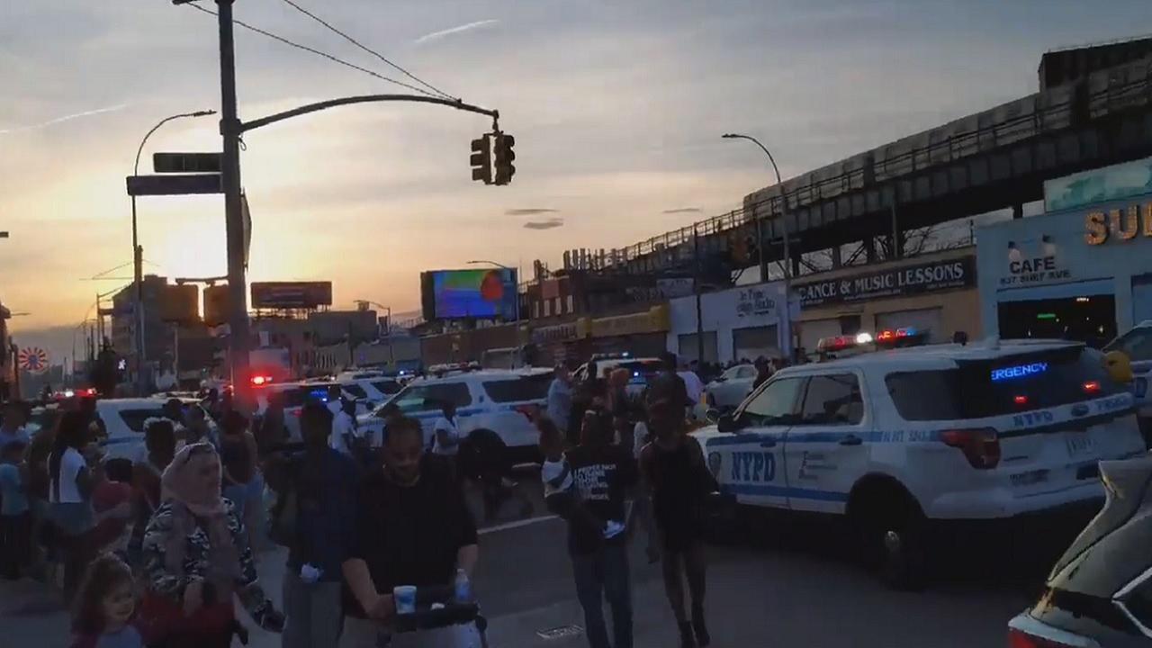 Coney Island stampede follows false report of gunshots