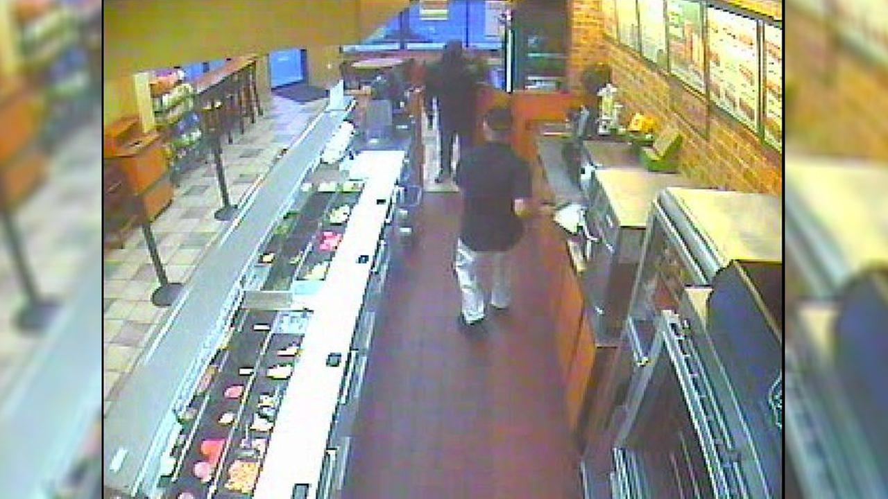 Nassau County Police link weekend robberies to recent spree involving knife-wielding robber