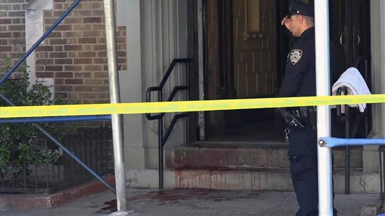 Man fatally stabbed in Brooklyn; Suspect on the loose