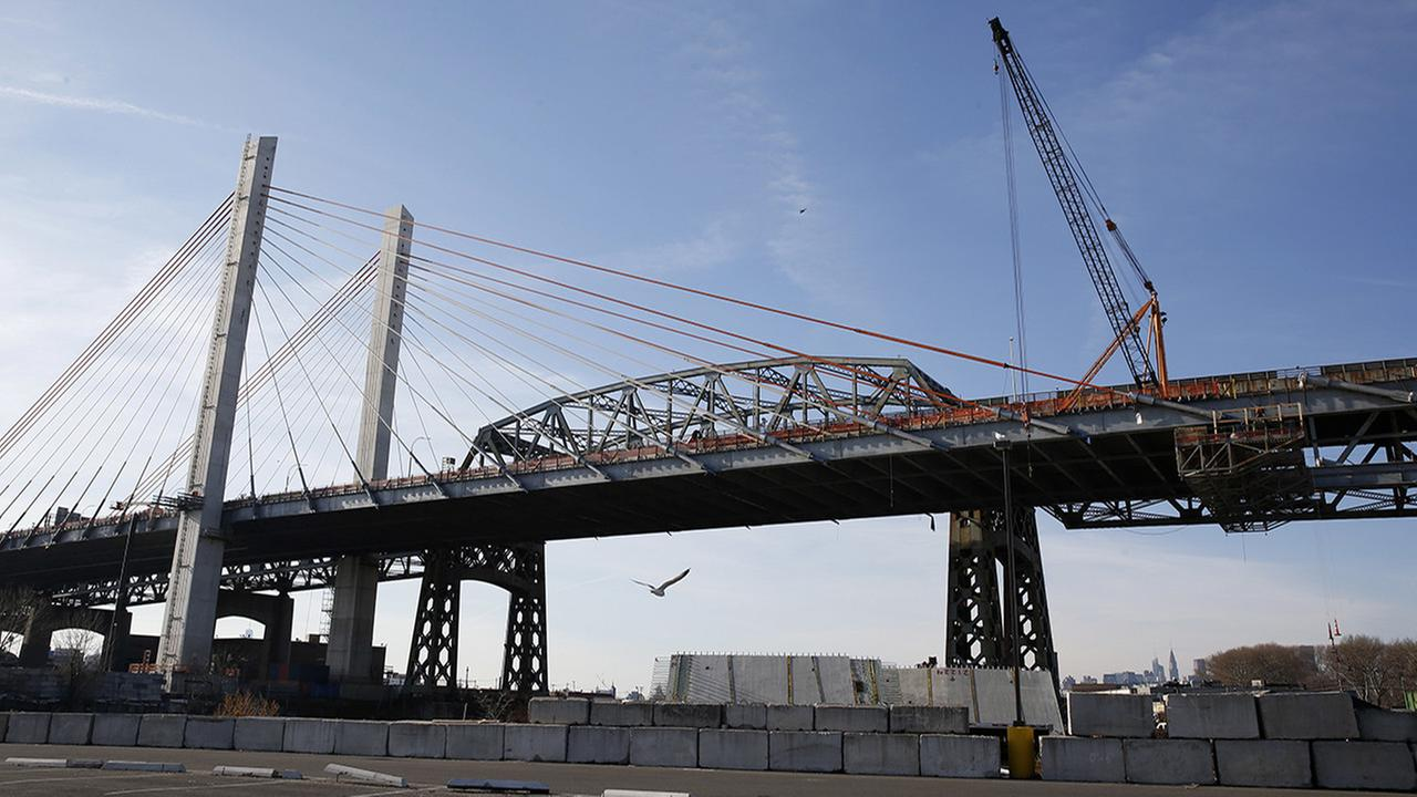 In this Jan. 15, 2017 photo, construction continues on the eastbound Kosciuszko Bridge. (AP Photo/Kathy Willens, File)