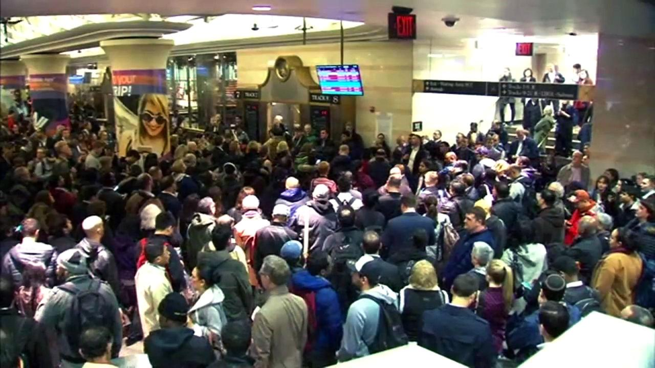 Christie: Most riders will be spared from Penn Station work