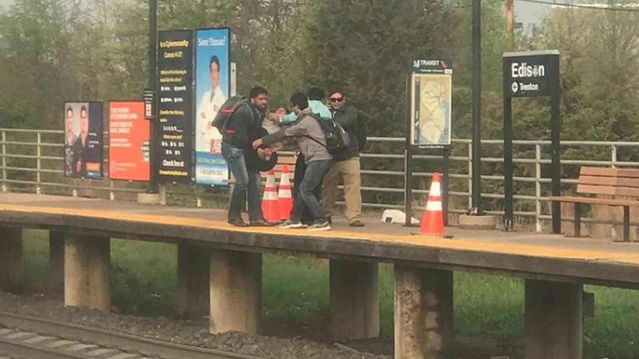 Backpack stolen while Edison good Samaritan saves woman who fell on tracks
