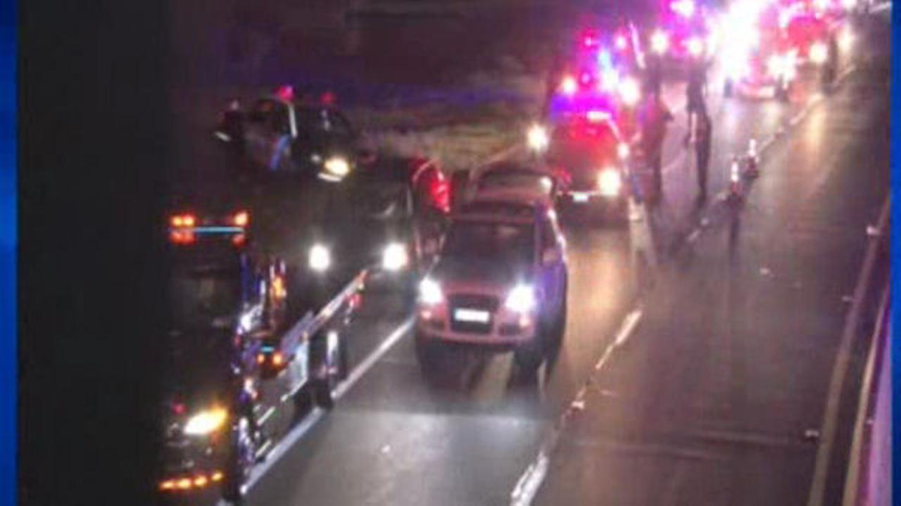 Westchester police officer hit by car on Hutchinson River Parkway