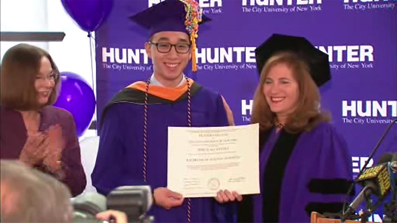 Student who missed graduation over subway delay gets diploma
