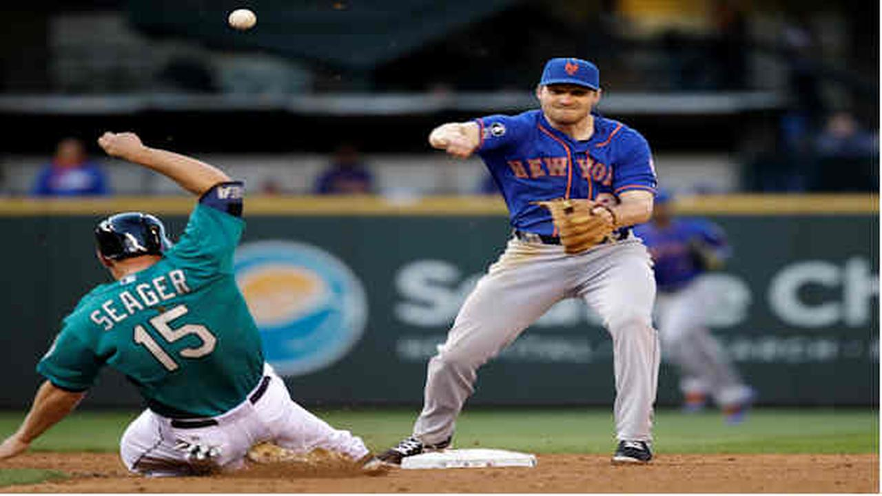 Seager, Ackley lead Mariners past Mets 5-2>