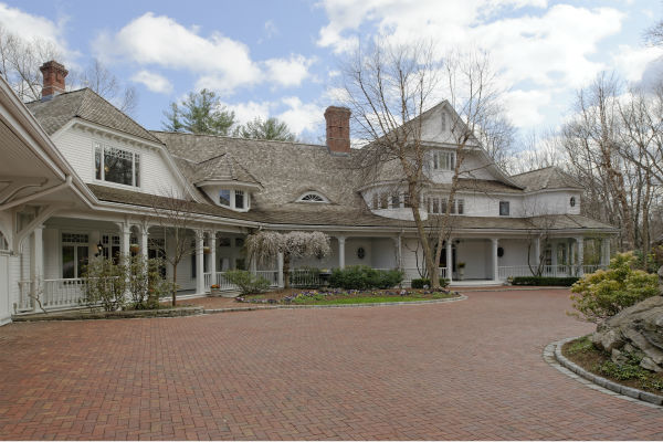 Ron Howard's Greenwich estate is on the market for $27.5 million. Full listing at Sotheby's International.