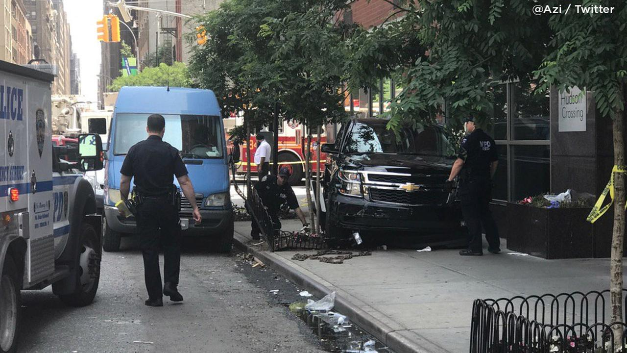 At least 10 injured after SUV jumps curb in NY