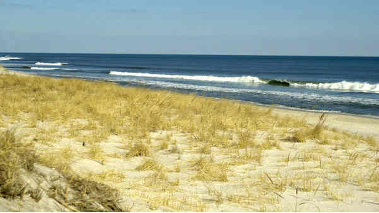 Fire Island booze ban takes effect at some beaches